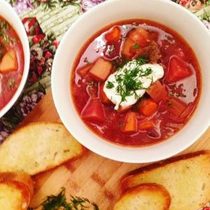 Crock Pot borscht